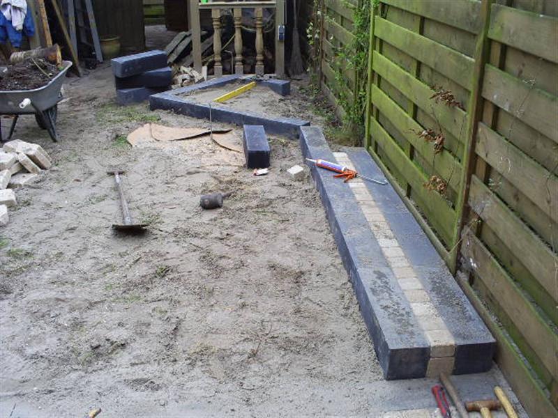 Aanleg van tuin met grind rob 39 s tuinen - Foto van het terras ...
